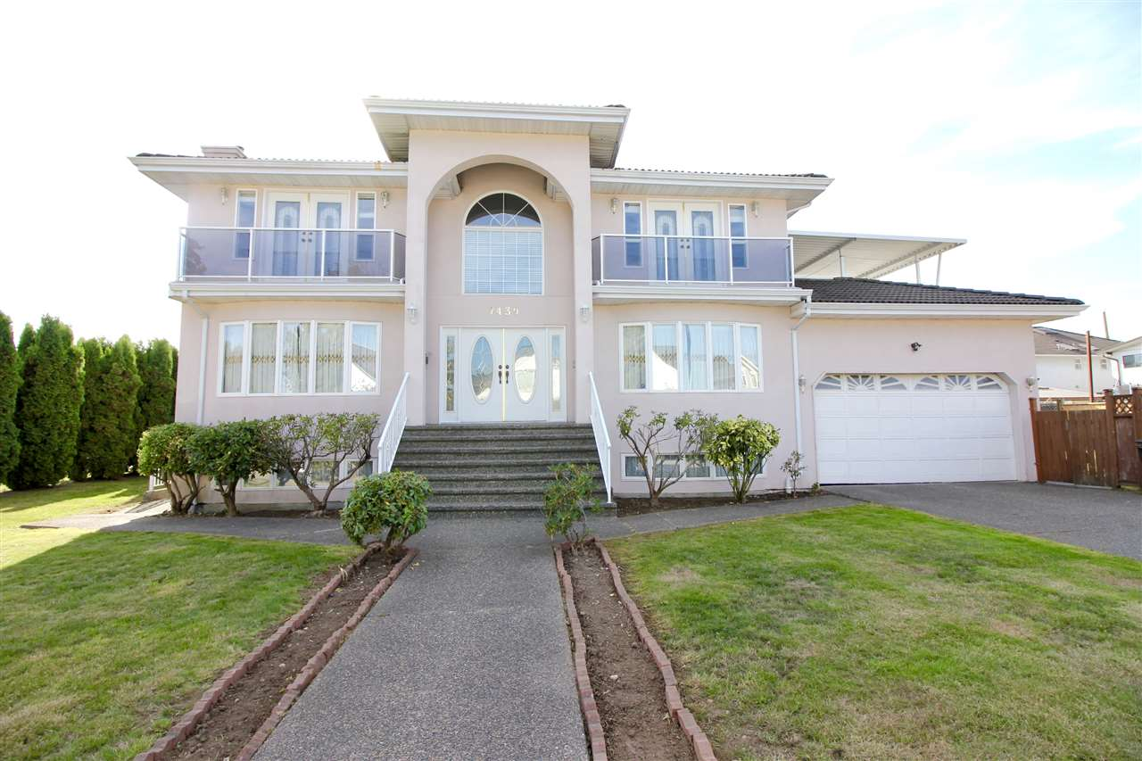 Main Photo: 7439 7TH Street in Burnaby: East Burnaby House for sale (Burnaby East)  : MLS®# R2212622