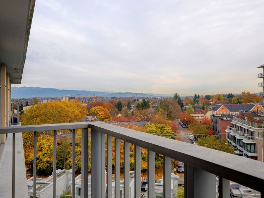 "Main Photo: 804 328 E 11 Avenue in Vancouver: Mount Pleasant VE Condo for sale in ""UNO"" (Vancouver East)  : MLS® # R2220354"