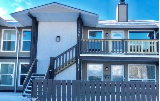 Main Photo:  in Edmonton: Zone 16 Carriage for sale : MLS® # E4093086