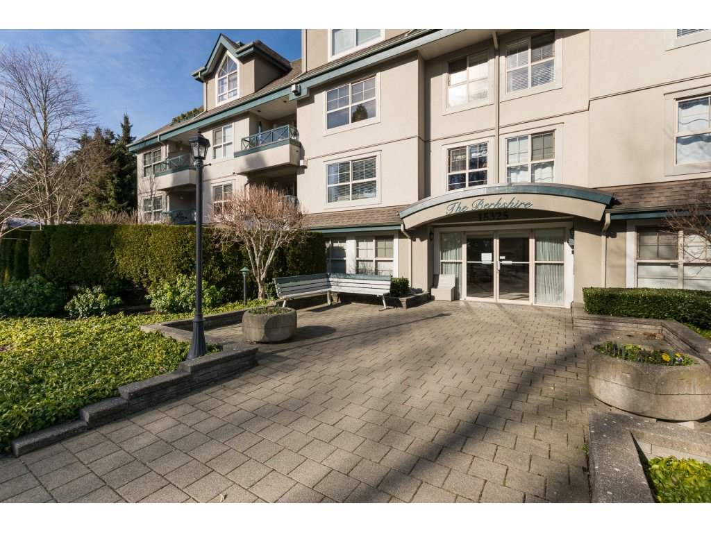 "Main Photo: 404 15325 17 Avenue in Surrey: King George Corridor Condo for sale in ""Berkshire"" (South Surrey White Rock)  : MLS® # R2241475"