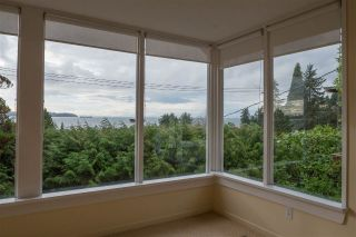 Main Photo: 3325 MARINE Drive in West Vancouver: Westmount WV House for sale : MLS® # R2247596