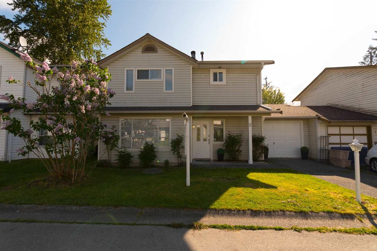 "Main Photo: 2 11125 232 Street in Maple Ridge: East Central House 1/2 Duplex for sale in ""KANAKA VILLAGE"" : MLS®# R2268533"