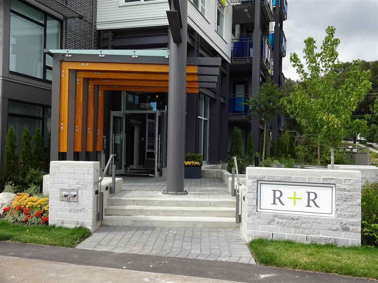 "Main Photo: 604 3289 RIVERWALK Avenue in Vancouver: Champlain Heights Condo for sale in ""R + R by Polygon"" (Vancouver East)  : MLS®# R2287716"