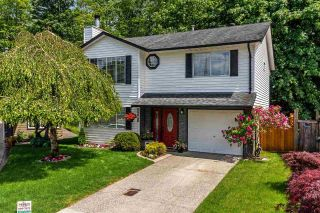 "Main Photo: 9220 214 Street in Langley: Walnut Grove House for sale in ""Walnut Grove"" : MLS®# R2303292"