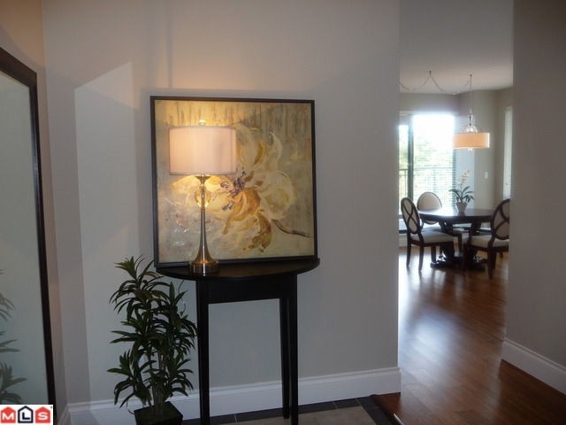 "Photo 2: 703 1581 FOSTER Street: White Rock Condo for sale in ""Sussex House"" (South Surrey White Rock)  : MLS® # F1104920"