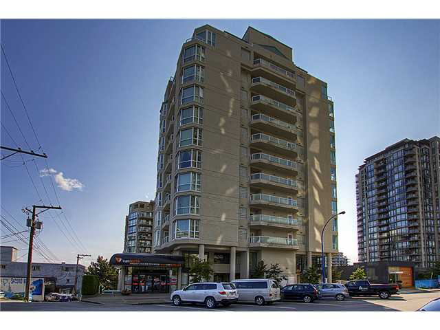 Main Photo: 601 125 W 2ND Street in North Vancouver: Lower Lonsdale Condo for sale : MLS®# V962818
