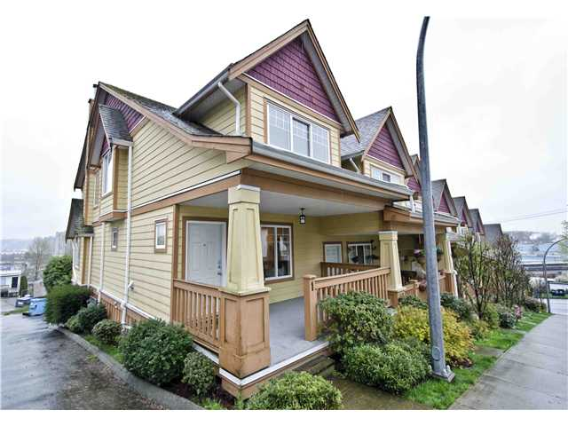 Main Photo: 1 1222 CAMERON Street in New Westminster: Uptown NW Condo for sale : MLS® # V999361