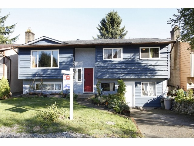 Main Photo: 26461 30A Avenue in Langley: Aldergrove Langley House for sale : MLS® # F1322533