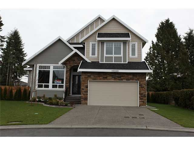 Main Photo: 15588 80A Avenue in Surrey: Fleetwood Tynehead House for sale : MLS®# F1327124
