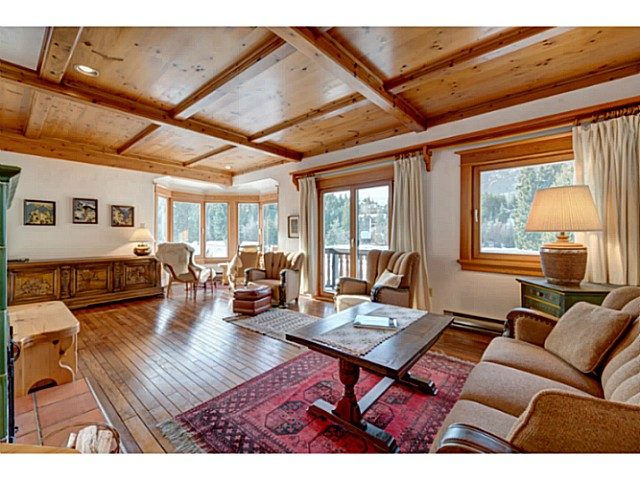 "Photo 4: 6590 BALSAM Way in Whistler: Whistler Cay Estates House for sale in ""WHISTLER CAY"" : MLS® # V1100023"