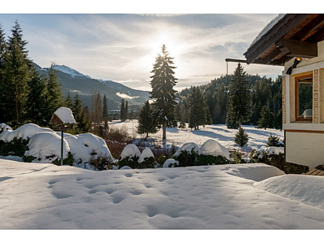 "Photo 20: 6590 BALSAM Way in Whistler: Whistler Cay Estates House for sale in ""WHISTLER CAY"" : MLS® # V1100023"