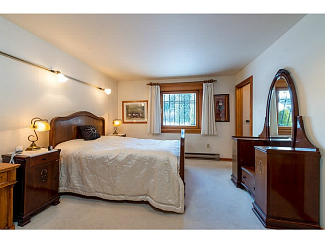 "Photo 12: 6590 BALSAM Way in Whistler: Whistler Cay Estates House for sale in ""WHISTLER CAY"" : MLS® # V1100023"