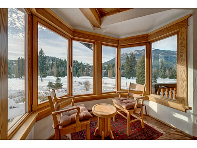 "Photo 5: 6590 BALSAM Way in Whistler: Whistler Cay Estates House for sale in ""WHISTLER CAY"" : MLS® # V1100023"
