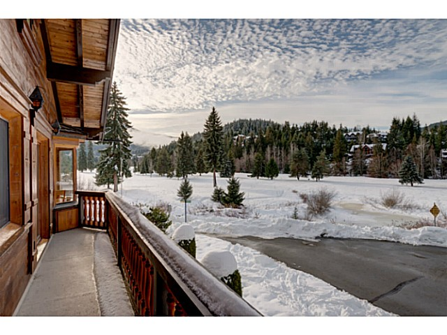 "Photo 6: 6590 BALSAM Way in Whistler: Whistler Cay Estates House for sale in ""WHISTLER CAY"" : MLS® # V1100023"