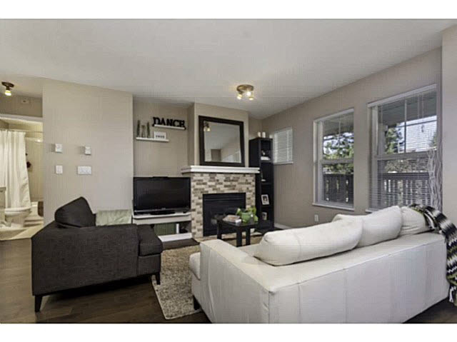 "Photo 2: 36 7179 18TH Avenue in Burnaby: Edmonds BE Condo for sale in ""Canford Corner"" (Burnaby East)  : MLS® # V1131767"