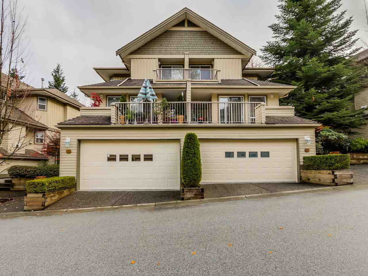 "Main Photo: 59 8701 16TH Avenue in Burnaby: The Crest Townhouse for sale in ""Engelwood Mews"" (Burnaby East)  : MLS® # R2010802"