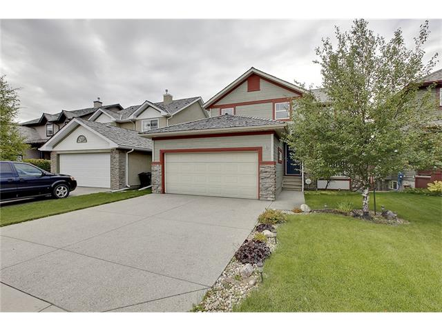 Photo 2: 19 HIDDEN CREEK Green NW in Calgary: Hidden Valley House for sale : MLS(r) # C4047943