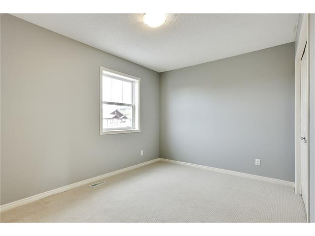 Photo 25: 19 HIDDEN CREEK Green NW in Calgary: Hidden Valley House for sale : MLS(r) # C4047943