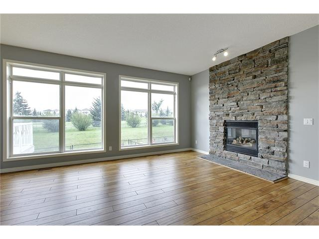 Photo 18: 19 HIDDEN CREEK Green NW in Calgary: Hidden Valley House for sale : MLS(r) # C4047943