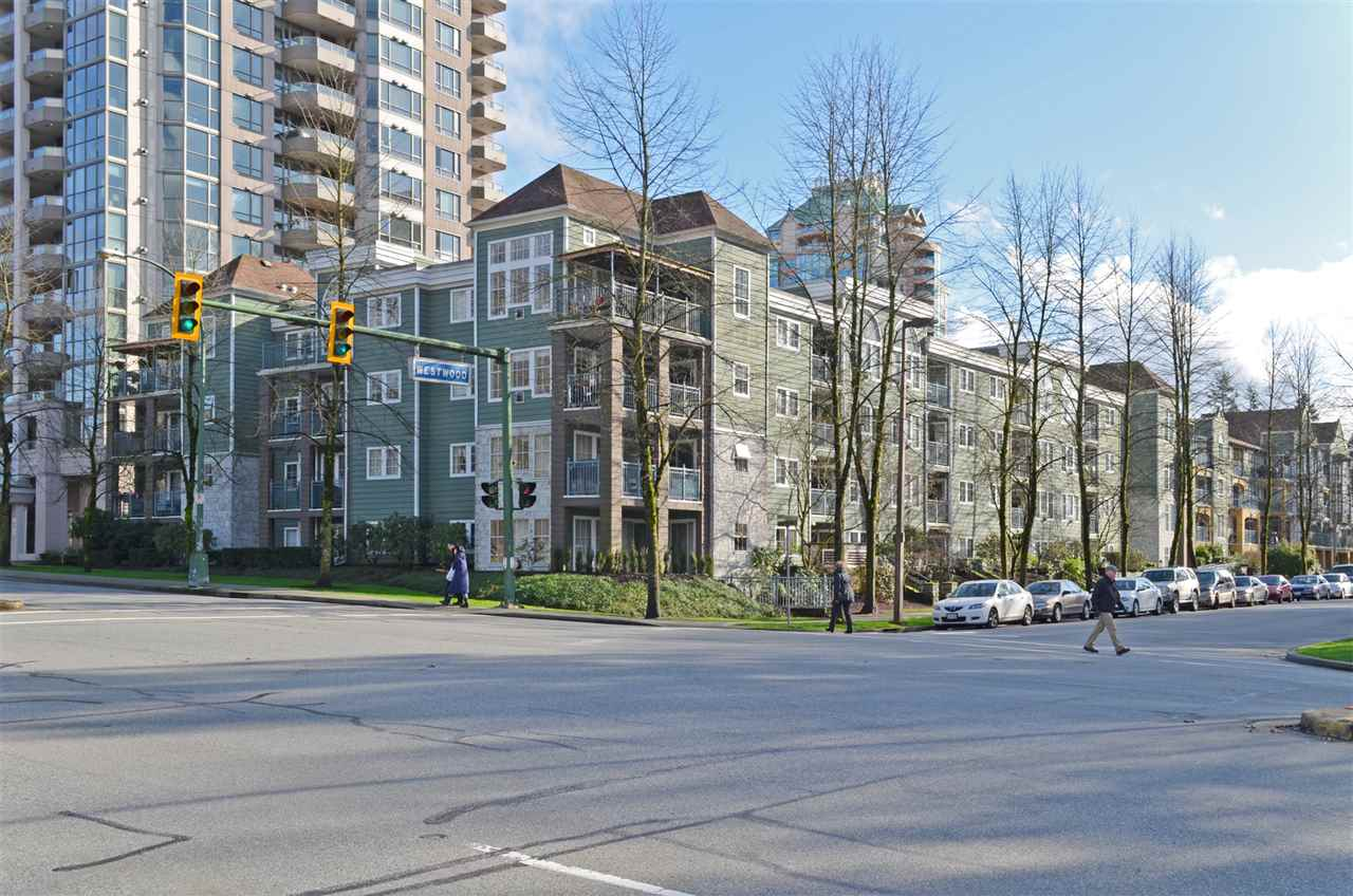 "Main Photo: 207 1199 WESTWOOD Street in Coquitlam: North Coquitlam Condo for sale in ""LAKESIDE TERRACE"" : MLS®# R2035583"