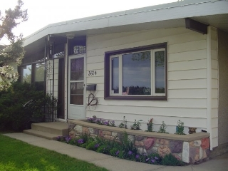 Main Photo: 3614 104 Avenue in Edmonton: Zone 23 House for sale : MLS(r) # E4057235
