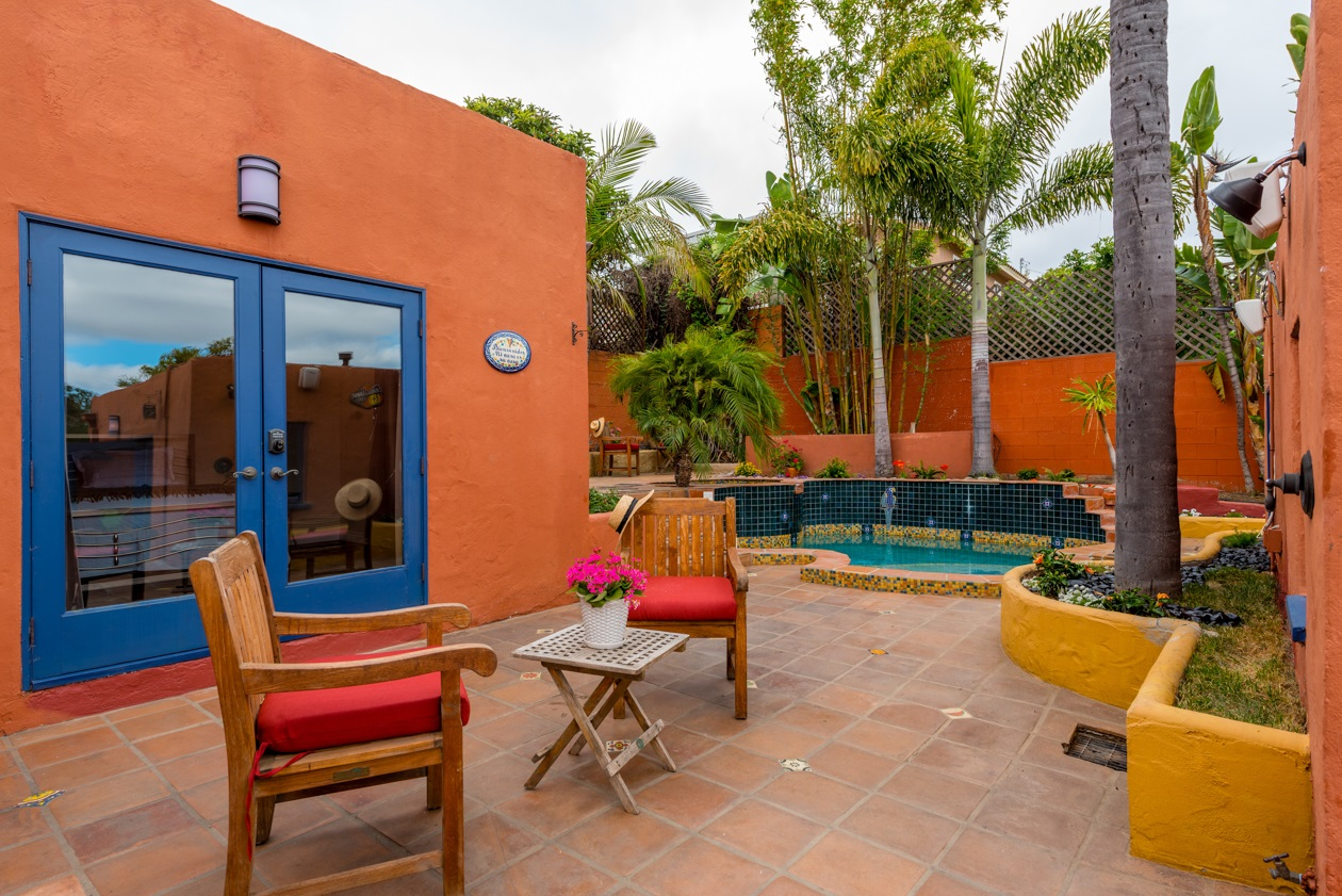 Photo 4: MISSION HILLS House for sale : 3 bedrooms : 840 W THORN ST in San Diego
