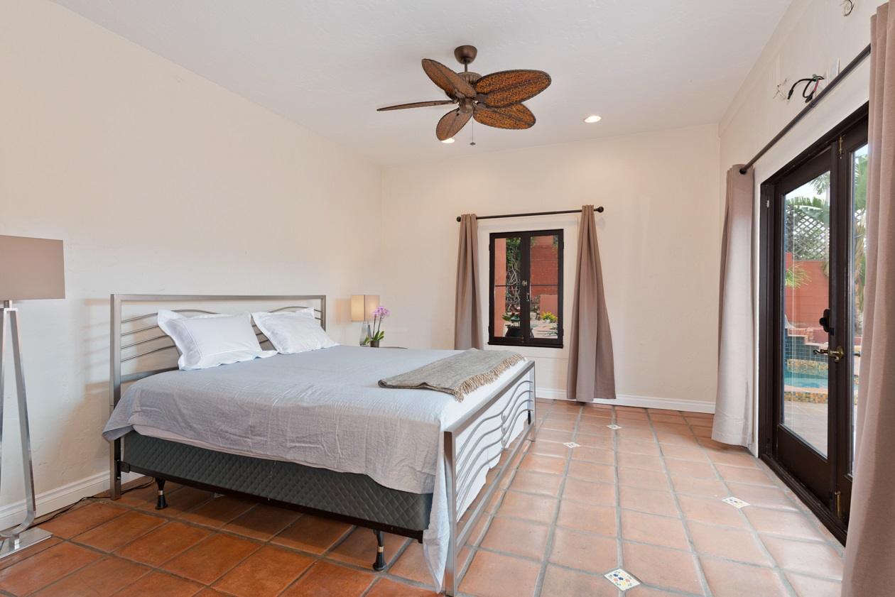 Photo 17: MISSION HILLS House for sale : 3 bedrooms : 840 W THORN ST in San Diego