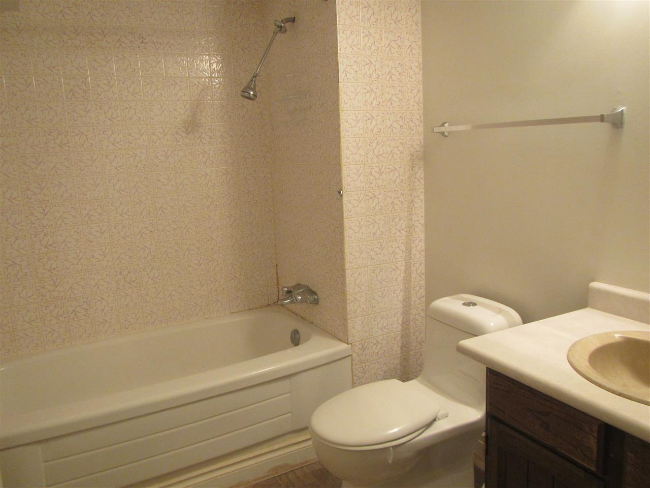 This is the 2nd full bath which is part of the separate lower level living area.