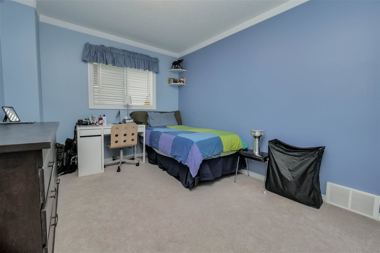 Photo 14: 118 Hayward Crescent in Edmonton: Zone 14 House for sale : MLS(r) # E4067230