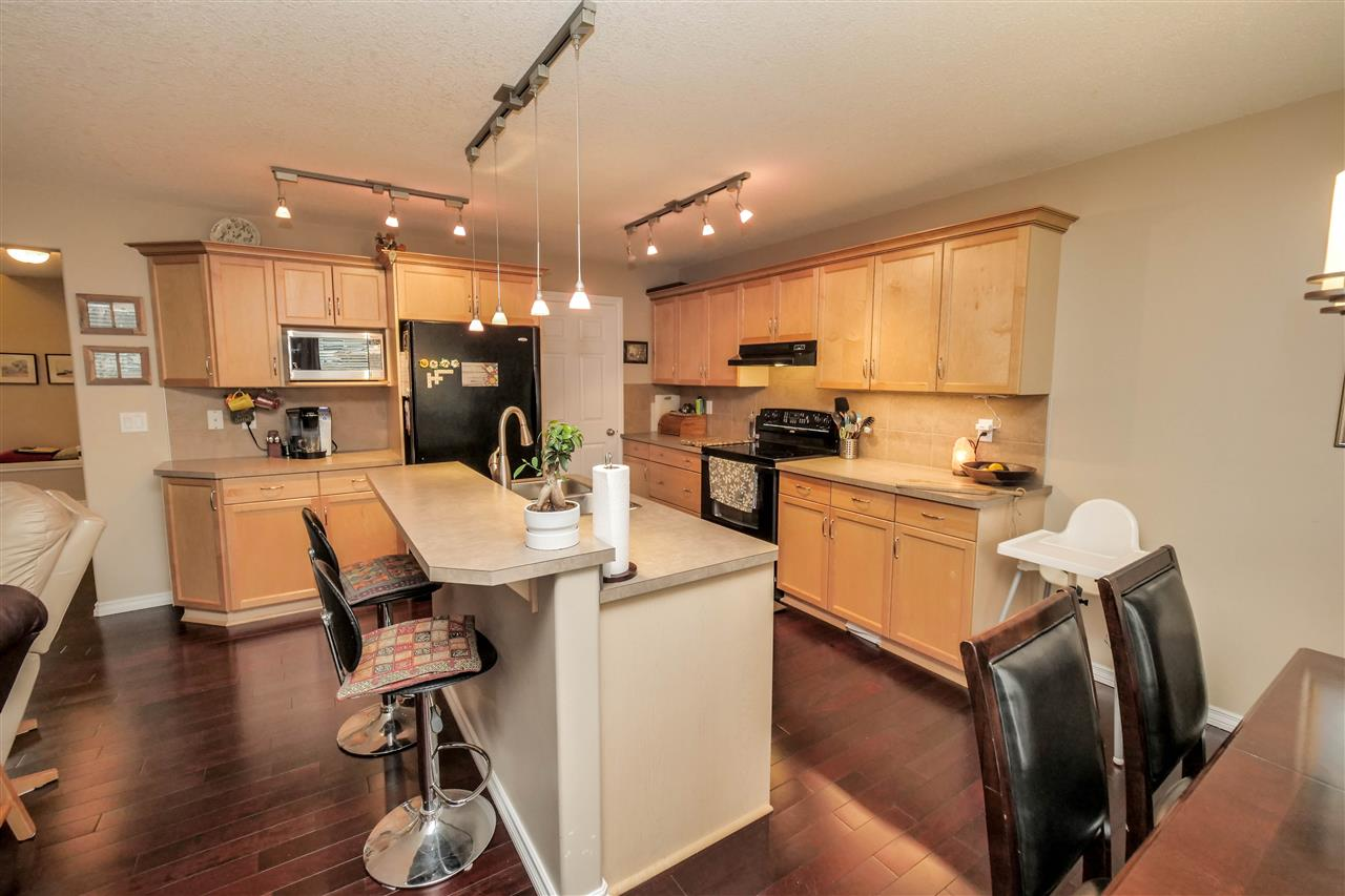 Photo 6: 118 Hayward Crescent in Edmonton: Zone 14 House for sale : MLS(r) # E4067230