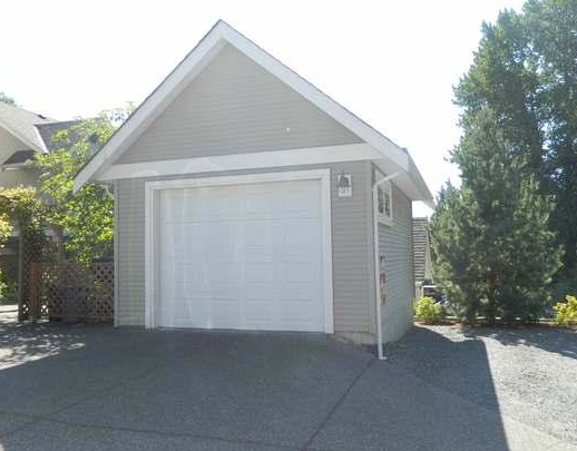 Photo 2: 2347 Bowen Road in Nanaimo: Townhouse for sale