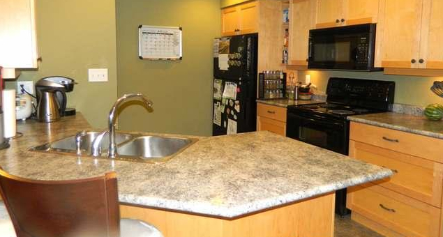 Photo 5: 2347 Bowen Road in Nanaimo: Townhouse for sale