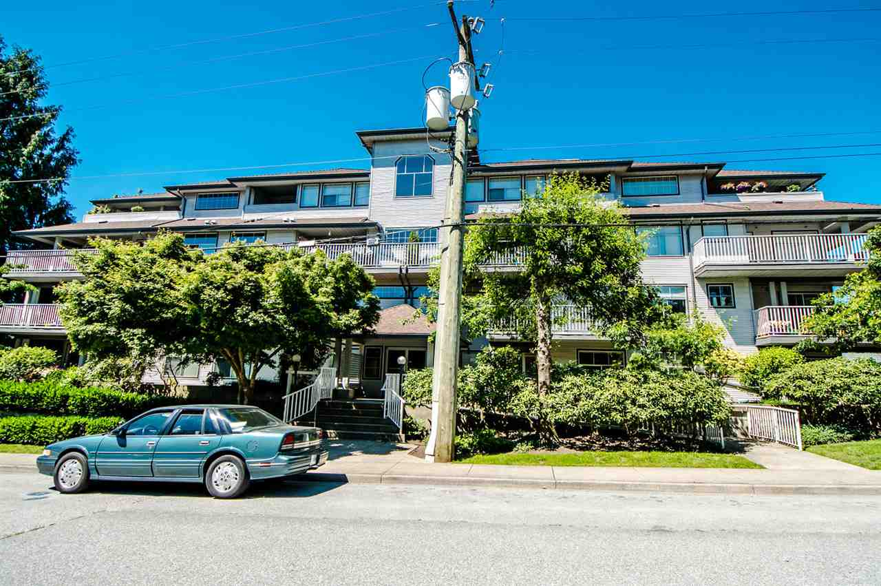 "Main Photo: 306 20561 113 Avenue in Maple Ridge: Southwest Maple Ridge Condo for sale in ""WARESLEY PLACE"" : MLS(r) # R2181930"