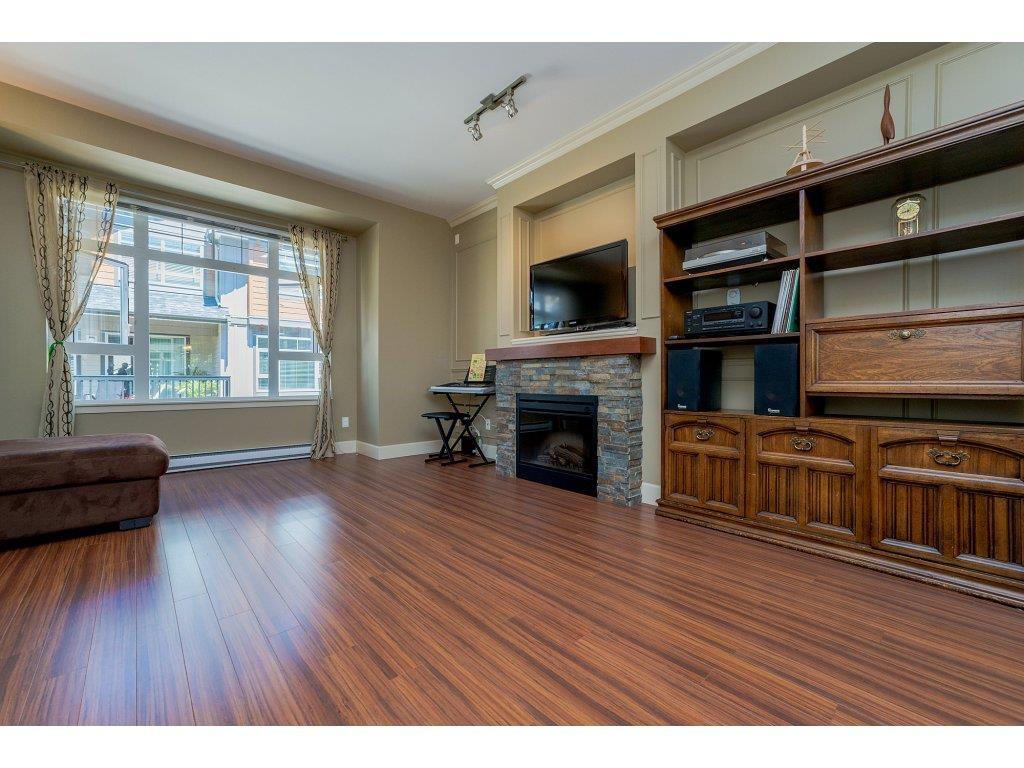 "Photo 3: 85 2979 156 Street in Surrey: Grandview Surrey Townhouse for sale in ""Enclave"" (South Surrey White Rock)  : MLS® # R2184426"