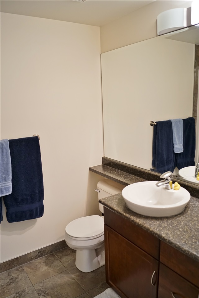 15) 2nd full 4 piece washroom to service 2nd bedroom and guests