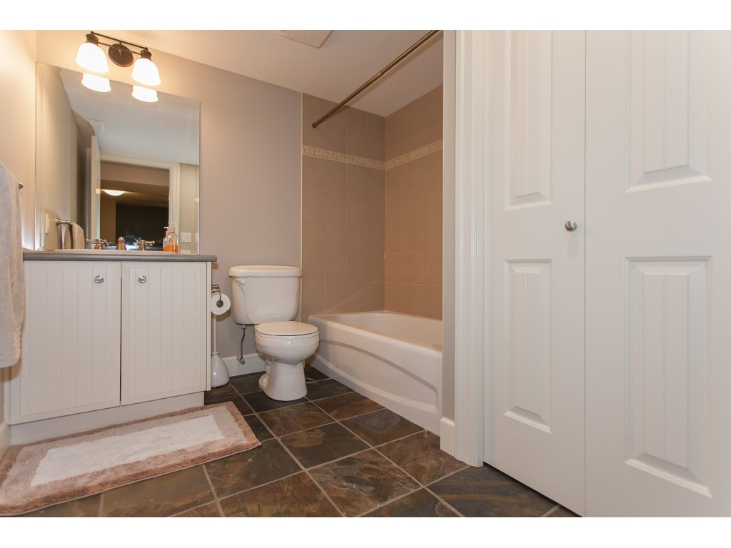 4 piece bathroom in the basement
