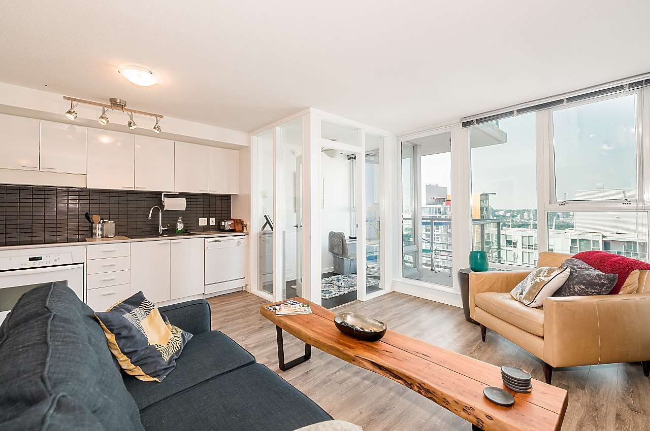 "Main Photo: 3302 602 CITADEL PARADE in Vancouver: Downtown VW Condo for sale in ""SPECTRUM 4"" (Vancouver West)  : MLS® # R2197310"