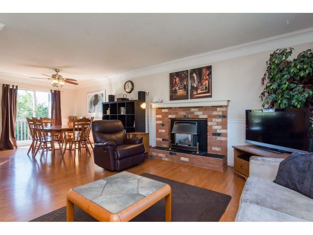 Photo 3: Photos: 34810 MCCABE Place in Abbotsford: Abbotsford East House for sale : MLS® # R2210615