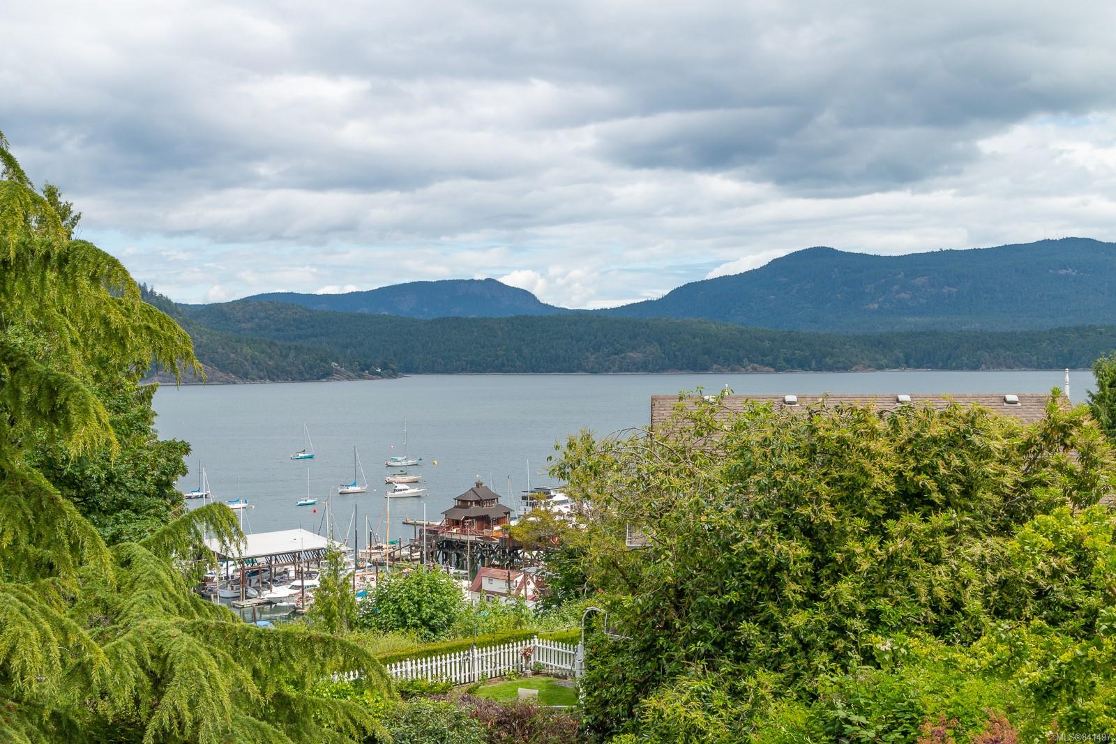FEATURED LISTING: 1801 Pritchard Rd Cowichan Bay