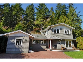 Main Photo: 5621 EAGLE HARBOUR Road in West Vancouver: Eagle Harbour House for sale : MLS(r) # V1054121