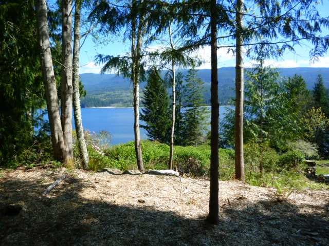"Photo 2: Photos: 6210 S GALE Avenue in Sechelt: Sechelt District Home for sale in ""SUNSHINE HILLS"" (Sunshine Coast)  : MLS® # V1115823"