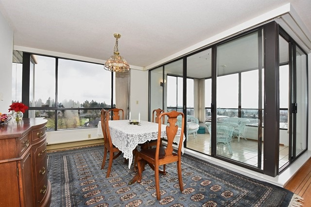 "Photo 5: 1202 2115 W 40TH Avenue in Vancouver: Kerrisdale Condo for sale in ""THE REGENCY"" (Vancouver West)  : MLS® # R2030337"