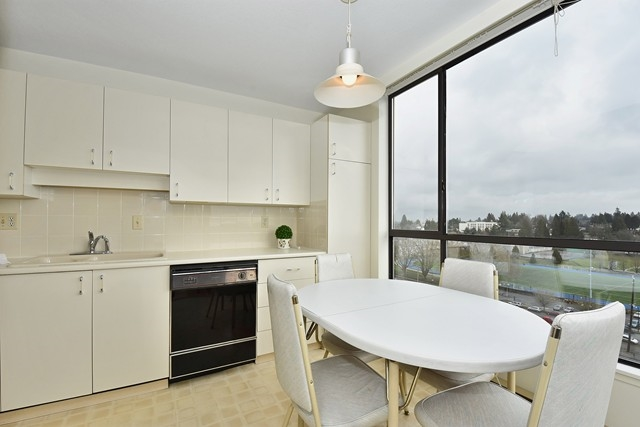 "Photo 8: 1202 2115 W 40TH Avenue in Vancouver: Kerrisdale Condo for sale in ""THE REGENCY"" (Vancouver West)  : MLS® # R2030337"
