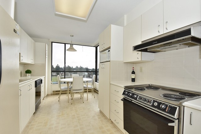 "Photo 7: 1202 2115 W 40TH Avenue in Vancouver: Kerrisdale Condo for sale in ""THE REGENCY"" (Vancouver West)  : MLS® # R2030337"