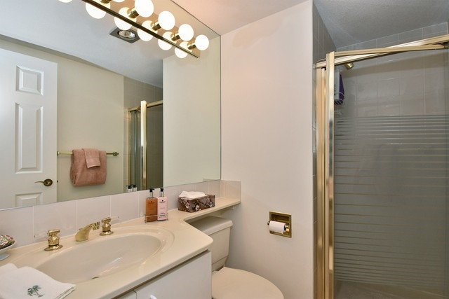 "Photo 12: 1202 2115 W 40TH Avenue in Vancouver: Kerrisdale Condo for sale in ""THE REGENCY"" (Vancouver West)  : MLS® # R2030337"