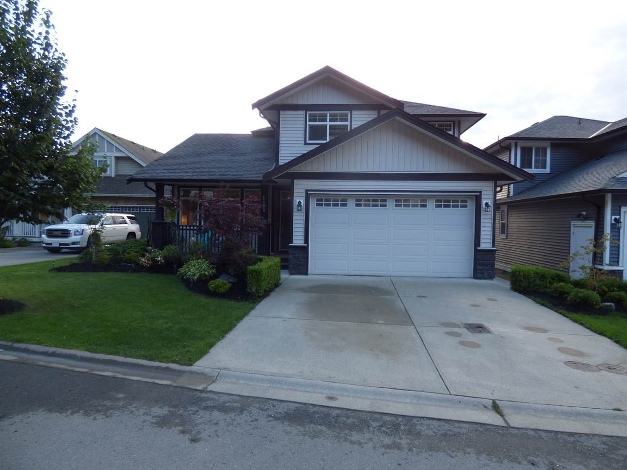 "Main Photo: 47369 MACSWAN Drive in Chilliwack: Promontory House for sale in ""JINKERSON VISTAS"" (Sardis)  : MLS® # R2092383"