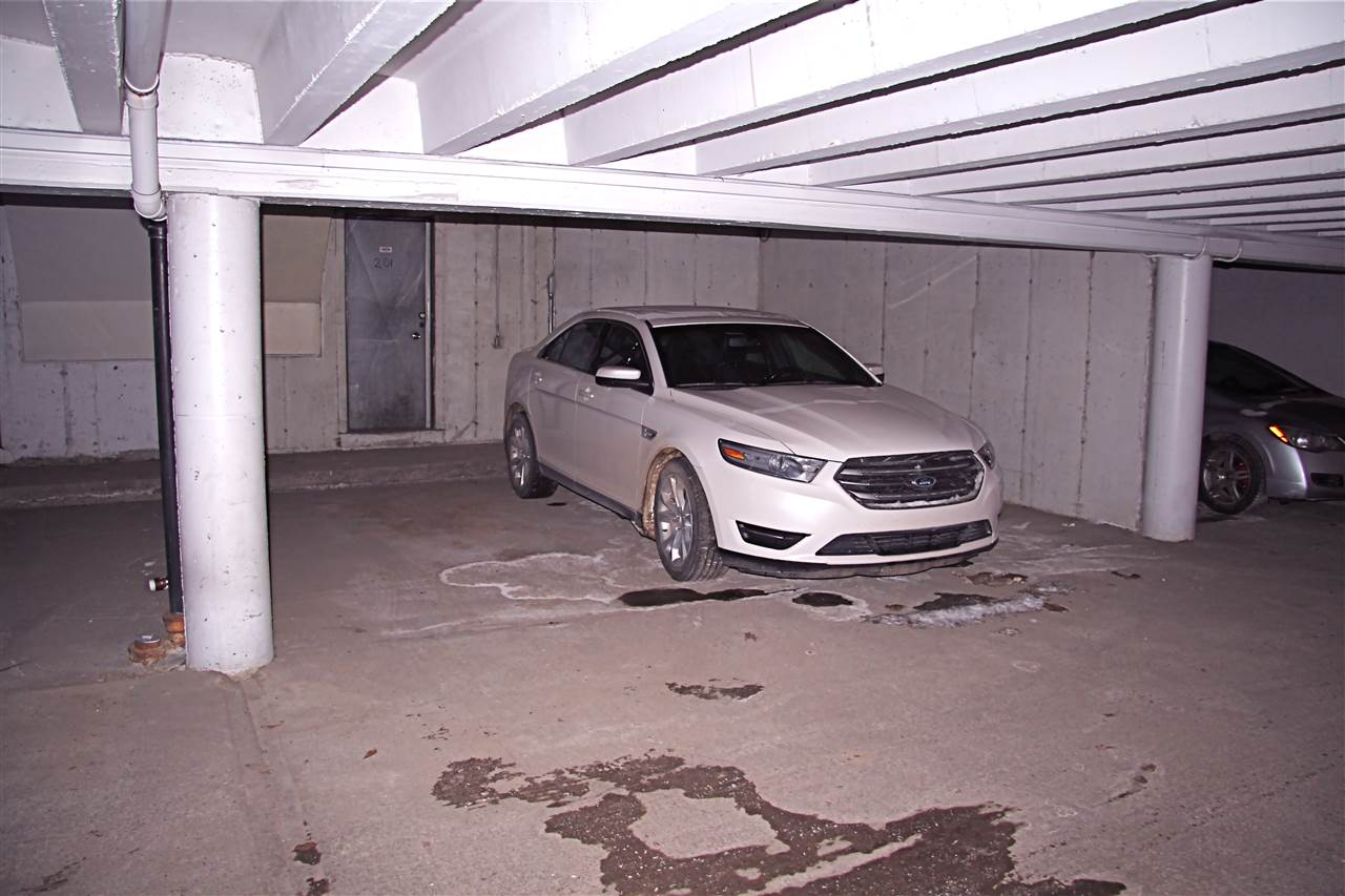 2 Car Parking Leading Directly Into Your Home!!!