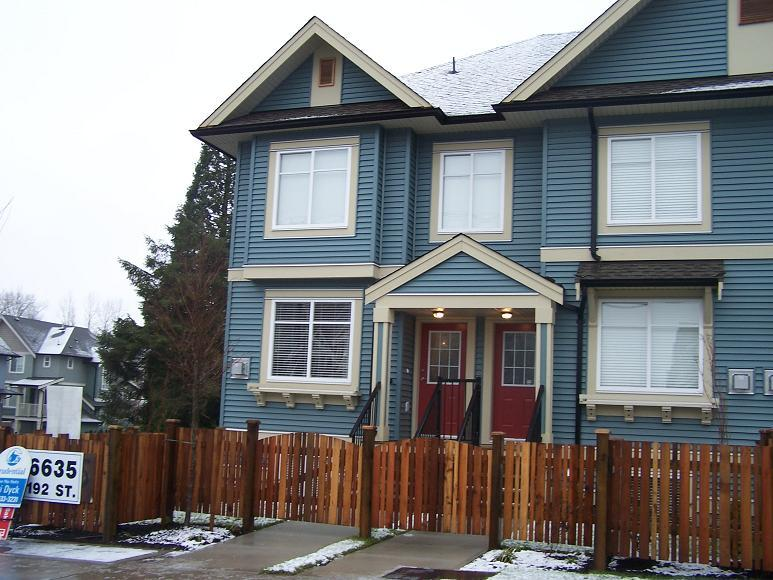 Main Photo: 1 6635 192ND Street in Leafside Lane: Home for sale : MLS® # F2801242