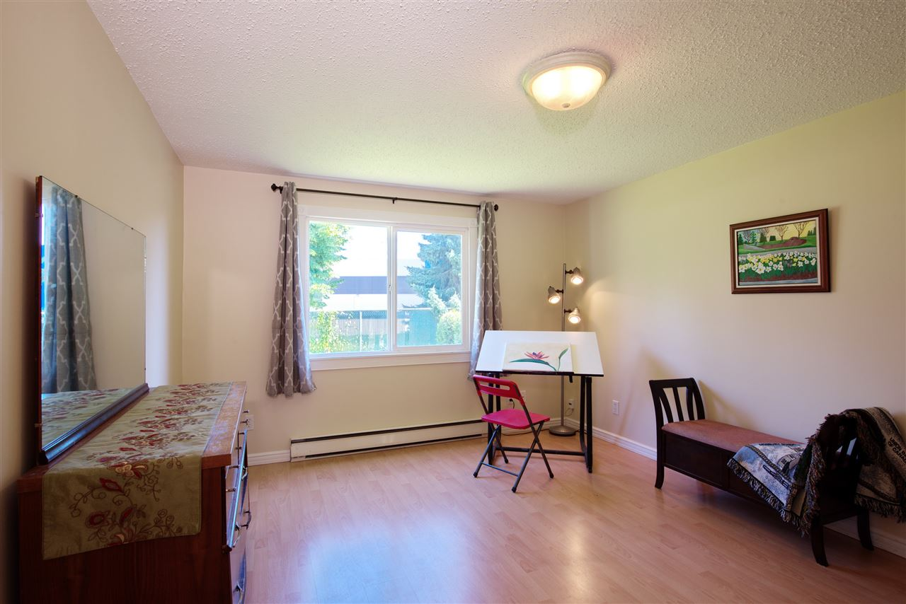 "Photo 15: 136 145 KING EDWARD Street in Coquitlam: Maillardville Manufactured Home for sale in ""MILL CREEK VILLAGE"" : MLS® # R2180348"