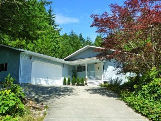 Main Photo: 6016 PARKVIEW Place in Sechelt: Sechelt District House for sale (Sunshine Coast)  : MLS® # R2188098